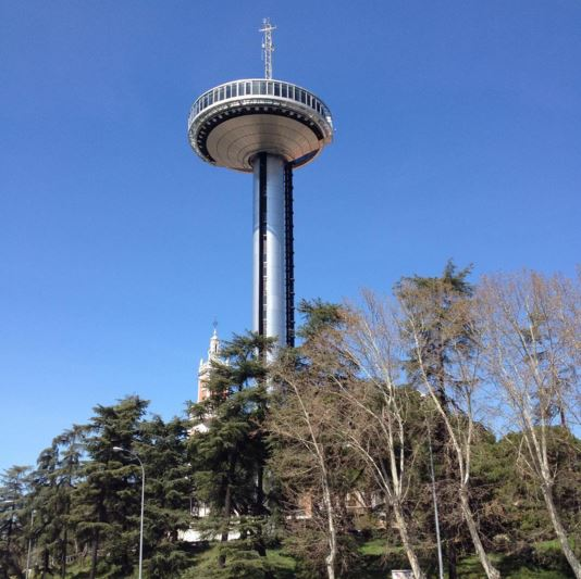 Lugares que visitar en madrid faro de moncloa for Arquitectura que ver en madrid